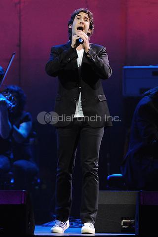 SUNRISE, FL - OCTOBER 26 : Josh Groban performs  at the Bank Atlantic center on October 26, 2011 in Sunrise Florida. © MPI04 / Media Punch Inc.