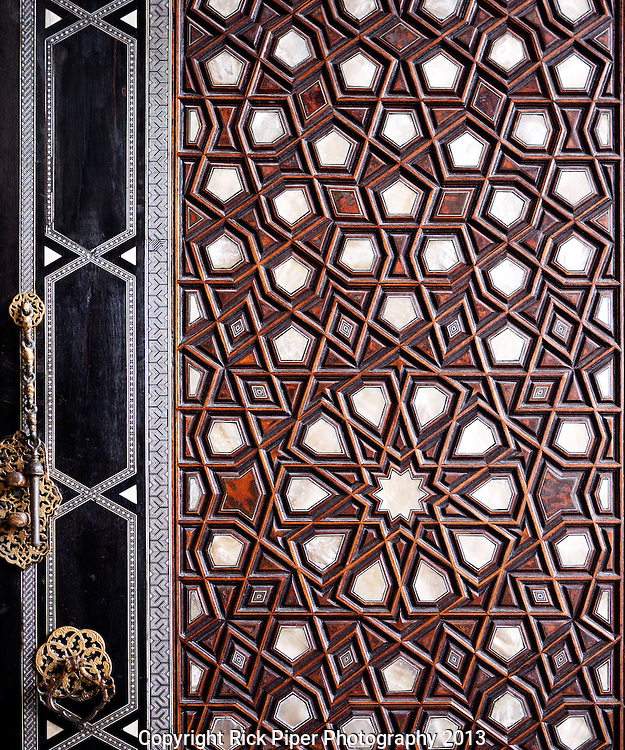 Sultan Ahmet Mausoleum Door 01 - Main entrance doors to the tomb of Sultan Ahmet, Sultanahmet, Istanbul, Turkey