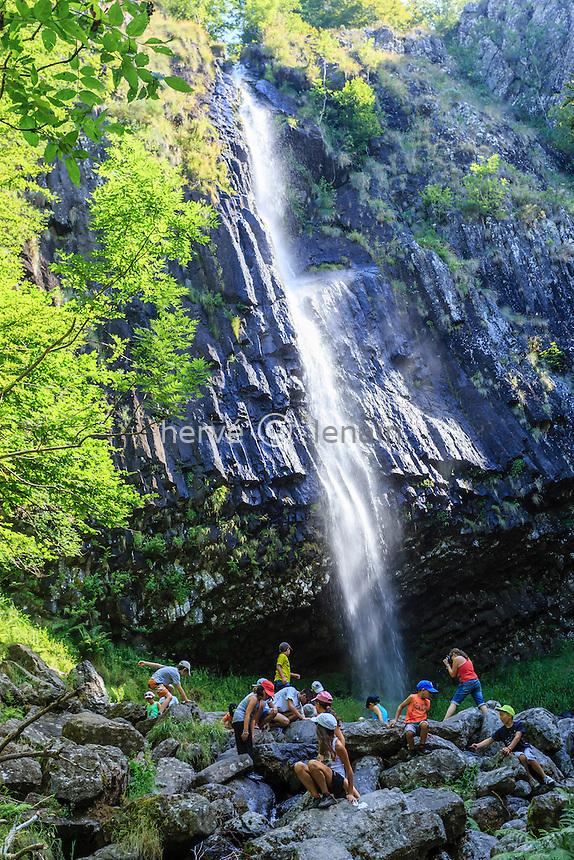 France, Cantal (15), Thiézac, cascade de Faillitoux // France, Cantal, Thiezac, Faillitoux waterfall