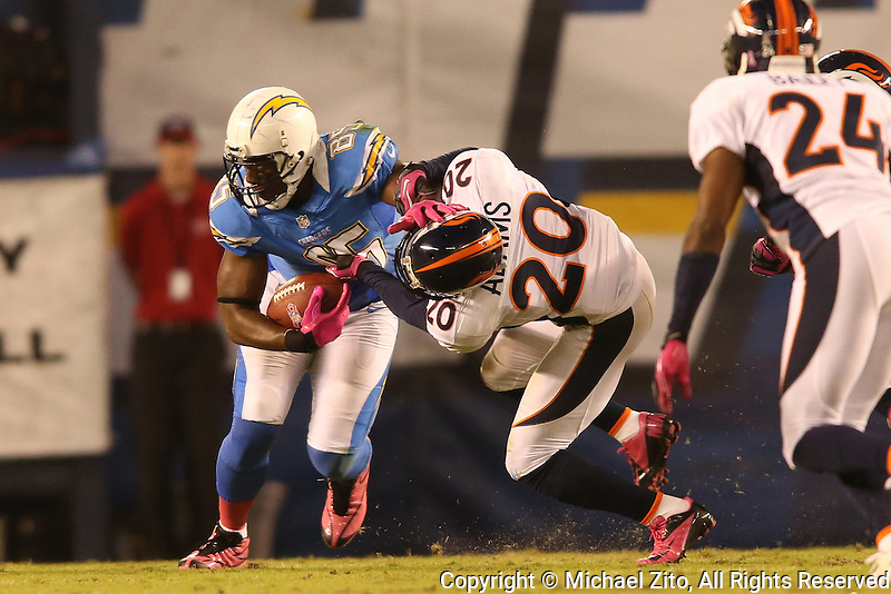 10/15/12 San Diego, CA: San Diego Chargers tight end Antonio Gates #85 and Denver Broncos strong safety Mike Adams #20 during an NFL game played between the San Diego Chargers and the Denver Broncos at Qualcomm Stadium. The Broncos defeated the Chargers 35-24.