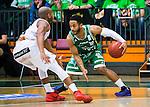 S&ouml;dert&auml;lje 2015-04-19 Basket SM-Final 1 S&ouml;dert&auml;lje Kings - Uppsala Basket :  <br /> S&ouml;dert&auml;lje Kings John Roberson i kamp om bollen med Uppsalas  Thomas Jackson under matchen mellan S&ouml;dert&auml;lje Kings och Uppsala Basket <br /> (Foto: Kenta J&ouml;nsson) Nyckelord:  S&ouml;dert&auml;lje Kings SBBK T&auml;ljehallen Basketligan SM SM-Final Final Uppsala Basket