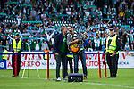 Stockholm 2013-06-23 Fotboll Superettan , Hammarby IF - &Auml;ngelholms FF :  <br /> Magnus Carlsson och Moneybrother sjunger vid en ceremoni efter att sista matchen p&aring; S&ouml;derstadion mellan Hammarby och &Auml;ngelholm spelats klart. <br /> (Foto: Kenta J&ouml;nsson) Nyckelord:  portr&auml;tt portrait