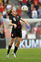 USWNT midfielder Heather O'Reilly in action.....USWNT played to a 1-1 tie with Canada at LIVESTRONG Sporting Park, Kansas City, Kansas.