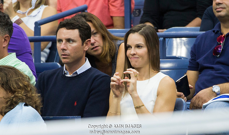 HILARY SWANK<br /> <br /> The US Open Tennis Championships 2015 - USTA Billie Jean King National Tennis Centre -  Flushing - New York - USA -   ATP - ITF -WTA  2015  - Grand Slam - USA  <br /> <br /> &copy; AMN IMAGES