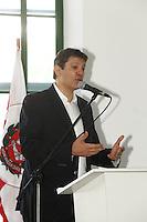 SAO PAULO, SP, 19 DE JULHO DE 2013. POSSE DE COMITE DE APOIO A GESTAO ESPORTIVA. O prefeito de São Paulo, Fernando Haddad, durante a cerimonia de posse do comitê de apoio a gestão esportiva da secretaria municipal dos esportes. A cerimônia aconteceu na manhã desta sexta feira no salão nobre do estádio do Pacaembu, zona oeste FOTO:ADRIANA SPACA/BRAZIL PHOTO PRESS