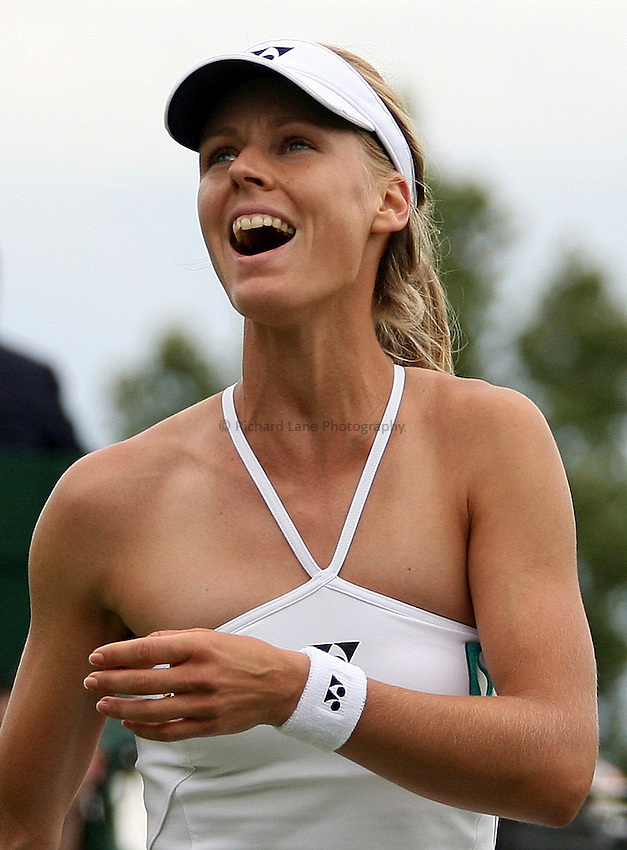 Photo: Paul Thomas..Wimbledon Championships. 27/06/2007...Elena Dementieva (RUS) celebrates victory over Nathalie Dechy.