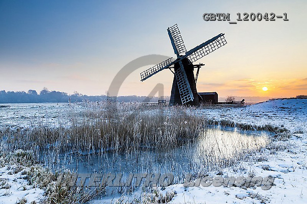 Tom Mackie, CHRISTMAS LANDSCAPE, photos,+Britain, British, East Anglia, England, English, Europa, Europe, Herringfleet, Herringfleet Mill, Suffolk, UK, atmosphere, at+mospheric, dawn, daybreak, dike, dramatic, dyke, fen, fenland, frost, graphic, horizontal,horizontals, light, marsh, mood, mo+ody, reed, reedbed, reeds, silhouette, snow, sunrise, sunset, time of day, water, water's edge, weather, windmill, windpump,+winter, wintery,Britain, British, East Anglia, England, English, Europa, Europe, Herringfleet, Herringfleet Mill, Suffolk, UK+,GBTM120042-1,#xl#