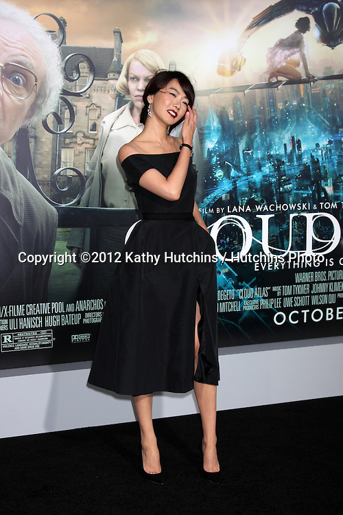 """LOS ANGELES - OCT 24:  Doona Bae arrives at the """"Cloud Atlas""""  Los Angeles Premiere  at Grauman's Chinese Theater on October 24, 2012 in Los Angeles, CA"""