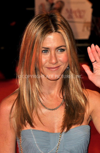 "Jennifer Aniston at the UK Premiere of ""Marley & Me"" held at the Vue Leicester Square in London - 02 March 2009..FAMOUS PICTURES AND FEATURES AGENCY 13 HARWOOD ROAD LONDON SW6 4QP UNITED KINGDOM tel +44 (0) 20 7731 9333 fax +44 (0) 20 7731 9330 e-mail info@famous.uk.com www.famous.uk.com.FAM25382"