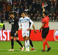 Rote Karte für Joaquin Leiva (Lazio Rom) - 04.10.2018: Eintracht Frankfurt vs. Lazio Rom, UEFA Europa League 2. Spieltag, Commerzbank Arena, DISCLAIMER: DFL regulations prohibit any use of photographs as image sequences and/or quasi-video.