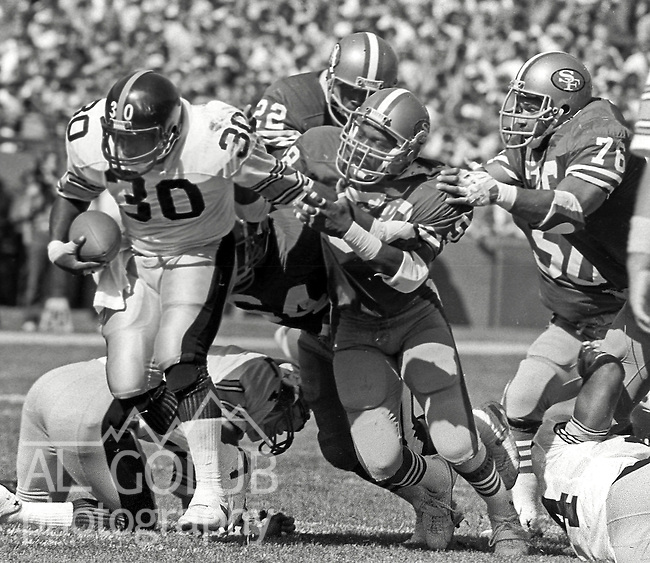 San Francisco 49ers vs. Pittsburgh Steelers at Candlestick Park Sunday, October 14, 1984..Steelers beat the 49ers 20-17.Pittsburgh Steelers Running Back Frank Pollard (30).
