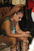 SAO PAULO, SP, 25 DE FEVEREIRO 2012 - CAMAROTE BAR BRAHMA - A modelo Viviane Araujo e vista no Camarote Bar Brahma, na noite do Desfile das Campeas do Carnaval de Sao Paulo, na noite madrugada deste sabado, 25, no Sambodromo do Anhembi regiao norte da capital paulista. (FOTO: MILENE CARDOSO - BRAZIL PHOTO PRESS).