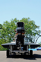 3-4 May 2008, Pickwick,TN USA.Brian Venten's Grand Prix/Mercury is moved to the ramp..©2008 F.Peirce Williams