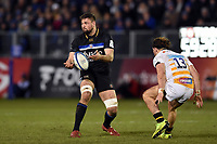 Elliott Stooke of Bath Rugby passes the ball. Heineken Champions Cup match, between Bath Rugby and Wasps on January 12, 2019 at the Recreation Ground in Bath, England. Photo by: Patrick Khachfe / Onside Images