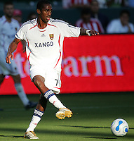 Real Salt Lake midfielder Atiba Harris (7) squares a ball. CD Chivas USA beat Real Salt Lake 1-0 in a MLS game at the Home Depot Center in Carson, California, Sunday, August 26, 2007.