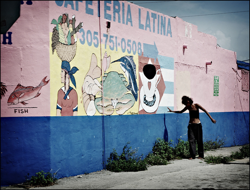 "Morning in Little Haiti<br /> From ""Life to waste"" series. Miami, 2008"