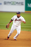 Binghamton Mets first baseman Dominic Smith (22) during a game against the Trenton Thunder on May 29, 2016 at NYSEG Stadium in Binghamton, New York.  Trenton defeated Binghamton 2-0.  (Mike Janes/Four Seam Images)