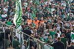 10.09.2017, Olympiastadion, Berlin, GER, 1.FBL, Hertha BSC vs SV Werder Bremen<br /> <br /> im Bild<br /> Rangelei / Rudelbildung w&auml;hrend Ordner den G&auml;stefanblock von Werder Bremen betreten, <br /> <br /> Foto &copy; nordphoto / Ewert