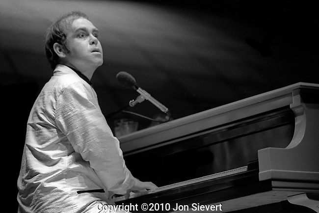 Elton John, Universal Amphitheater, Los Angeles, Oct. 2, 1979