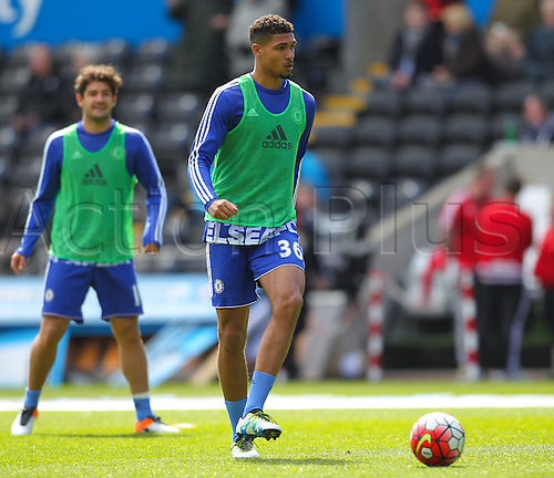 09.04.2016. Liberty Stadium, Swansea, Wales. Barclays Premier League. Swansea versus Chelsea. Chelsea's Ruben Loftus-Cheek during the warm up