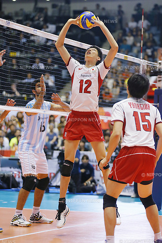 Akihiro Yamauchi (JPN), SEPTEMBER 21, 2015 - Volleyball : FIVB Men's World Cup 2015 A-site 3rd Round between Japan 0-3 Argentina 1st Yoyogi Gymnasium in Tokyo, Japan. (Photo by Yusuke Nakanishi/AFLO SPORT)