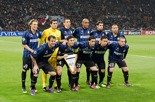 Inter team group line-up, MARCH 13, 2012 - Football / Soccer : Inter team group (L-R) Diego Forlan, Julio Cesar, Lucio, Maicon, Andrea Poli, Walter Samuel, front; Dejan Stankovic, Javier Zanetti, Diego Milito, Yuto Nagatomo, Wesley Sneijder before the UEFA Champions League Round of 16, 2nd leg match between Inter Milan 2-1 Olympique Marseille at Stadio Giuseppe Meazza in Milan, Italy. Photo by Enrico Calderoni/AFLO SPORT) [0391]