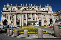La Basilica di San Pietro durante l'udienza generale del mercoled&igrave;. Citt&agrave; del Vaticano, 19 aprile 2017. <br /> Saint Peter's Basilica during the weekly general audience at the Vatican, on April 19 2017.<br /> UPDATE IMAGES PRESS/Isabella Bonotto<br /> <br /> STRICTLY ONLY FOR EDITORIAL USE