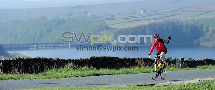 Picture by Simon Wilkinson/SWpix.com - 08/05/2016 - Cycling FLAB Fat Lad at The Back Yorkshire Sportive <br />