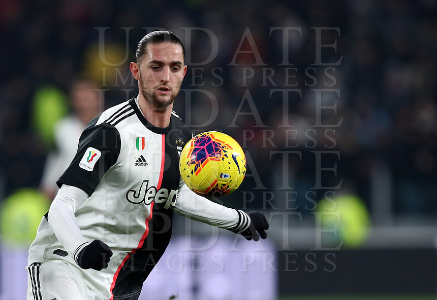 Calcio, Coppa Italia round 8 : Juventus - AS Roma, Turin, Allianz Stadium, January 22, 2020.<br /> Juventus' Adrien Rabiot in action during the Italian Cup football match between Juventus and Roma at the Allianz stadium in Turin, January 22, 2020.<br /> UPDATE IMAGES PRESS/Isabella Bonotto