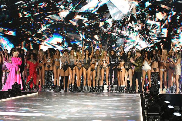NEW YORK, NY - NOVEMBER 08: Models at the 2018 Victoria's Secret Fashion Show at Pier 94 on November 8, 2018 in New York City. Credit: John Palmer/MediaPunch