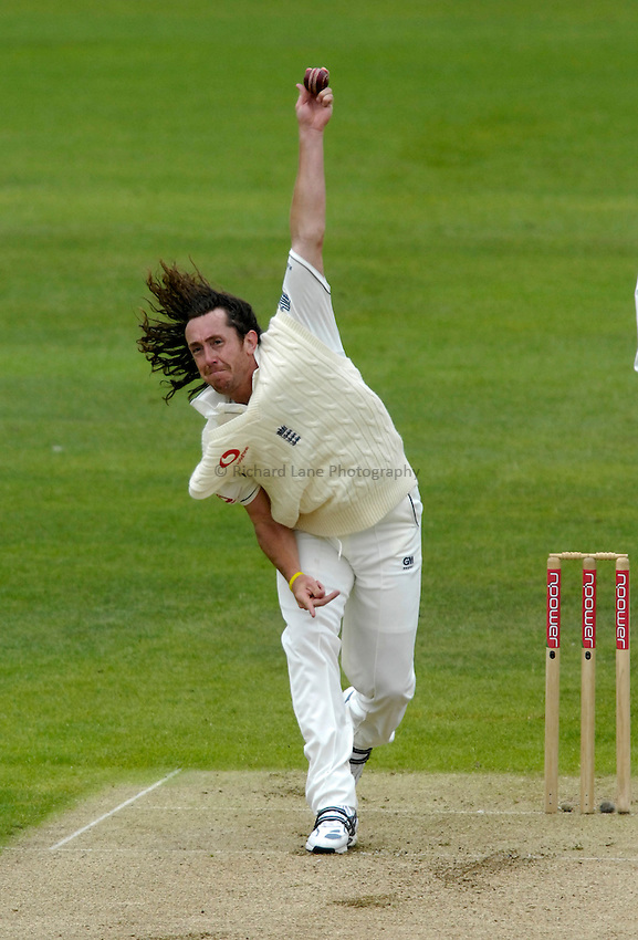 Photo: Jed Wee/Richard Lane Photography..England v West Indies. 4th Test npower Test Match Series. 16/06/2007...England's Ryan Sidebottom bowls.