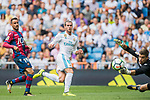 Gareth Frank Bale (C) of Real Madrid in action during the La Liga match between Real Madrid and Levante UD at the Estadio Santiago Bernabeu on 09 September 2017 in Madrid, Spain. Photo by Diego Gonzalez / Power Sport Images