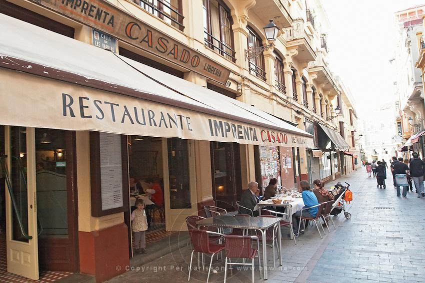 restaurant terrace , restaurant Imprenta Casado , Leon spain castile and leon