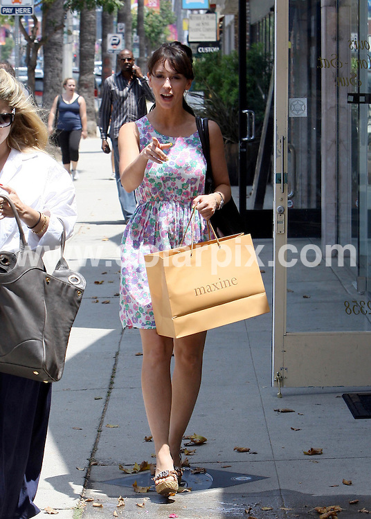 **ALL ROUND PICTURES FROM SOLARPIX.COM**.**SYNDICATION RIGHTS FOR UK AND SPAIN ONLY**.Jennifer Love Hewitt looks like she's back to her adorable self shopping in Los Angeles, CA, USA, 21 July 2010.This pic: Jennifer Love Hewitt..JOB REF: 11730    STL        DATE: 21_07_2010.**MUST CREDIT SOLARPIX.COM OR DOUBLE FEE WILL BE CHARGED**.**MUST NOTIFY SOLARPIX OF ONLINE USAGE**.**CALL US ON: +34 952 811 768 or LOW RATE FROM UK 0844 617 7637**