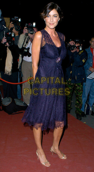 LISA SNOWDON.Breast Cancer Care 2006 Fashion Show arrivals.Grosvenor House Hotel, London, England .October 4th, 2006.Ref: CAN.full length black dress lace blue.www.capitalpictures.com.sales@capitalpictures.com.©Can Nguyen/Capital Pictures