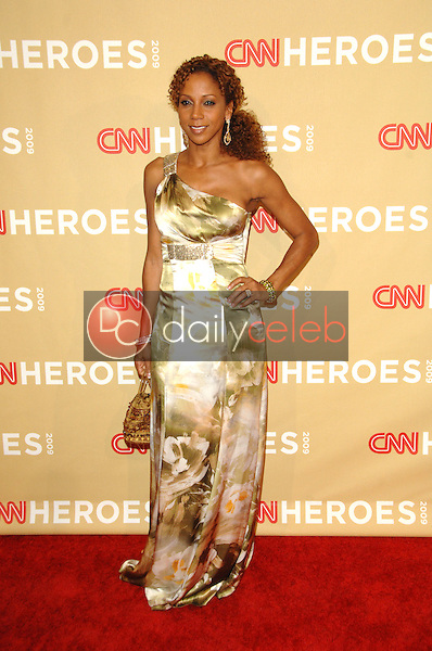 Holly Robinson Peete<br />