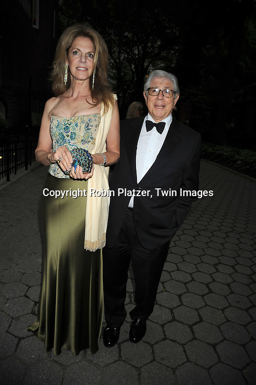 Chrisine and Carl Bernstein