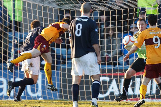 Steve Jennings heads in goal no 3 for Motherwell