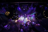 Die britische Ska-Band The Selecter spielte am Donnerstag den 16. Maerz 2017 im Berliner Club SO36.<br /> Als Gruendungsmitglied ist einzig Pauline Black, Gesang, seit 1979 dabei geblieben. Neu sind der Saenger Dave Barker, am Bass Nicky Welsh, an den Keyboards Martin Stewart, an der Gitarre Paul Seacroft und am Schlagzeug Al Fletcher.<br /> 16.3.2017, Berlin<br /> Copyright: Christian-Ditsch.de<br /> [Inhaltsveraendernde Manipulation des Fotos nur nach ausdruecklicher Genehmigung des Fotografen. Vereinbarungen ueber Abtretung von Persoenlichkeitsrechten/Model Release der abgebildeten Person/Personen liegen nicht vor. NO MODEL RELEASE! Nur fuer Redaktionelle Zwecke. Don't publish without copyright Christian-Ditsch.de, Veroeffentlichung nur mit Fotografennennung, sowie gegen Honorar, MwSt. und Beleg. Konto: I N G - D i B a, IBAN DE58500105175400192269, BIC INGDDEFFXXX, Kontakt: post@christian-ditsch.de<br /> Bei der Bearbeitung der Dateiinformationen darf die Urheberkennzeichnung in den EXIF- und  IPTC-Daten nicht entfernt werden, diese sind in digitalen Medien nach &sect;95c UrhG rechtlich geschuetzt. Der Urhebervermerk wird gemaess &sect;13 UrhG verlangt.]