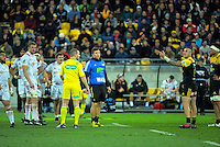 TJ Perenara raises an issue with referee Angus Gardner during the Super Rugby semifinal match between the Hurricanes and Chiefs at Westpac Stadium, Wellington, New Zealand on Saturday, 30 July 2016. Photo: Dave Lintott / lintottphoto.co.nz