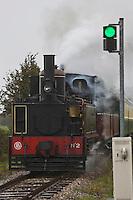 France, Picardie, (80) Somme, Baie de Somme, Saint-Valery-sur-Somme: Le chemin de fer de la baie de Somme - chemin de fer touristique // France, Picardy, Somme bay,  Somme, Saint-Valery-sur-Somme: The Chemin de Fer de la Baie de Somme (Somme Bay Railway) - tourist railway
