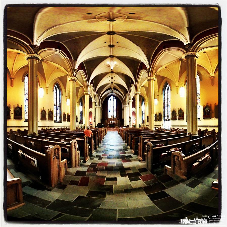 catholic-church-iphone-interior-adoration-iphoneography-6-23