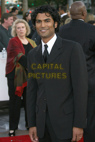 SENDHIL RAMAMURTHY.The 33rd Annual People's Choice Awards - Arrivals held at The Shrine Auditorium, Los Angeles, California, USA..January 9th, 2007.half length suit black jacket .CAP/ADM/ZL.©Zach Lipp/AdMedia/Capital Pictures
