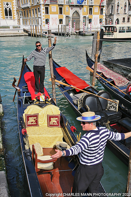 Venice is a World Heritage site that is perpetually filled with visitors from around the world. Taking a gondola ride on the Grand Canal is a part of the Venice experience.