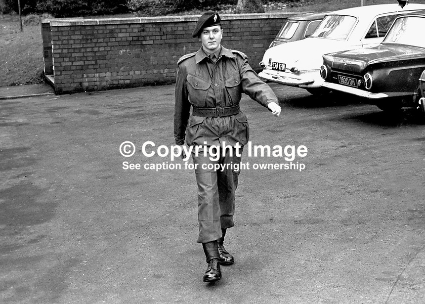 Soldier &quot;models&quot; the uniform that members of the newly-formed Ulster Defence Regiment, UDR, will wear. 197001010058UDR.<br />