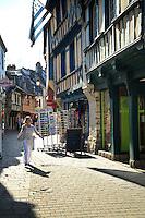 France, Morbihan (56), vallée du Blavet, Pontivy, rue du Fil // France, Morbihan, Blavet Valley, Pontivy, Rue du Fil