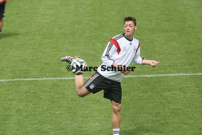 Mesut Özil - Abschlusstraining der Deutschen Nationalmannschaft gegen die U20 im Rahmen der WM-Vorbereitung in St. Martin