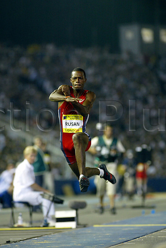 August 08, 2003: TIM RUSAN (USA) competing in the  Men's Triple Jump, Norwich Union London Grand Prix, Crystal Palace. Photo: Glyn Kirk/Action Plus...Athletics track and field 030808 man