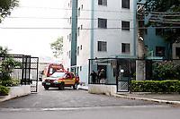 SÃO PAULO, SP, 17/07/2012, QUEDA EM POÇO DE ELEVADOR. No final da manhã dessa Terça_ feira (17) um idoso de 90 anos caiu em um poço de elevador de um predio que fica na Rua Troquato Neto nº 191 no Bras. A vitima foi socorrida a hospital da regiao com uma fratura. Luiz Guarnieri/ Brazil Photo Press