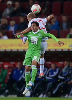 FUSSBALL   1. BUNDESLIGA  SAISON 2012/2013   3. Spieltag FC Augsburg - VfL Wolfsburg           14.09.2012 Fagner (li, VfL Wolfsburg) gegen Tobias Werner (FC Augsburg)
